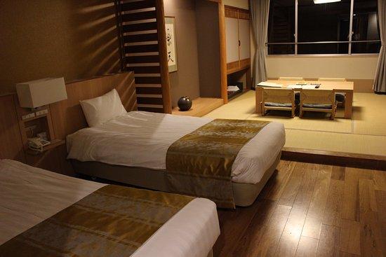 Date, Japón: 客室