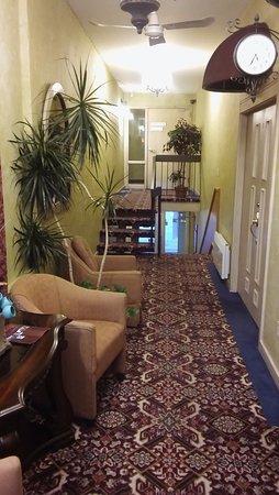 Hotel & Spa Etoile-sur-le-Lac: 2nd Floor Foyer
