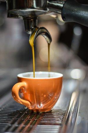 Carlisle, Pensilvanya: We rigerously train our baristas in the art of espresso.