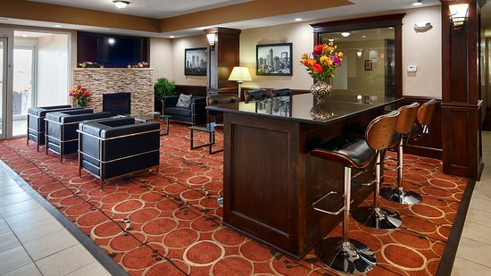 Crawfordsville, IN: HOTEL GUEST LOBBY