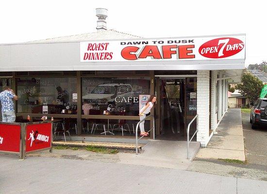Eden, Australia: Dusk to Dawn Cafe