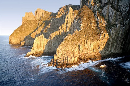 Full-Day Tasman Peninsula Tour from...