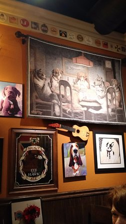 El Dorado Hills, Калифорния: Eclectic collection of wall art