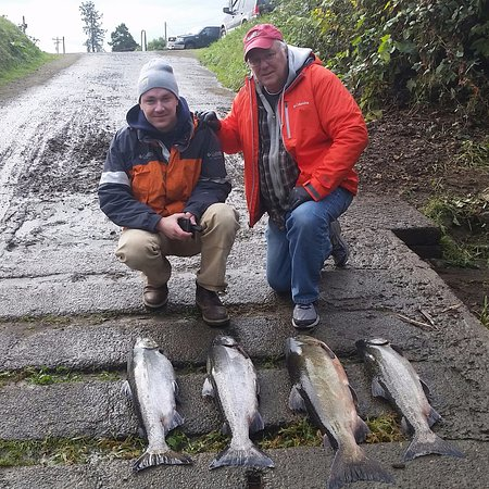 Tillamook, OR: Fall Chinook limit for the Johnson boys