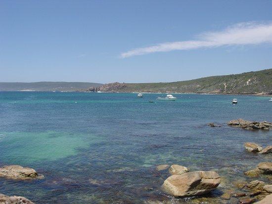 Γιαλινγκούπ, Αυστραλία: Calm water in the bay