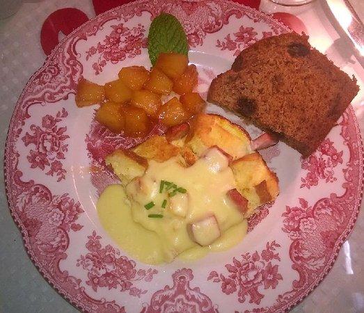 Inn On Charlotte: Breakfast omelet