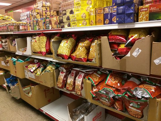 San Jon, NM: Packaged Indian snacks on shelf for sale