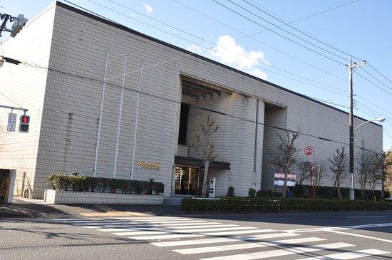 Ome Municipal Museum of Art: 青梅市立美術館/立派で大きな美術館ですね
