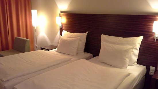 Pardubice, República Checa: Two comfortable single beds.