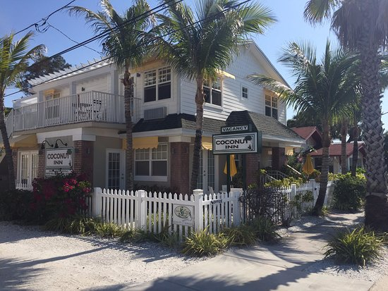 Coconut Inn Picture