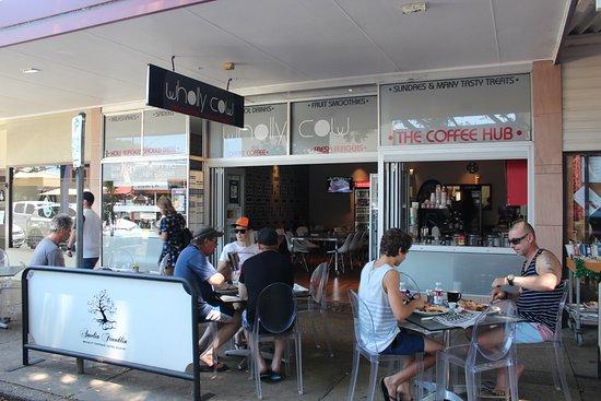 Sawtell, Australia: Some tables outside