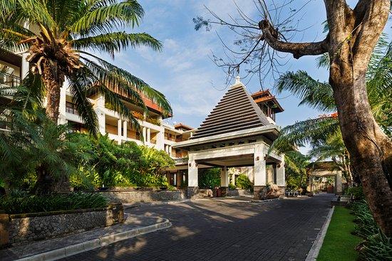 The Legian Bali: Porte Crochere
