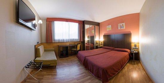 Ronda lesseps hotel barcelone espagne voir les tarifs for Comparateur de prix hotel espagne