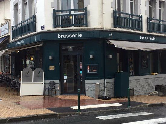 bar du jardin biarritz restaurant reviews phone number. Black Bedroom Furniture Sets. Home Design Ideas