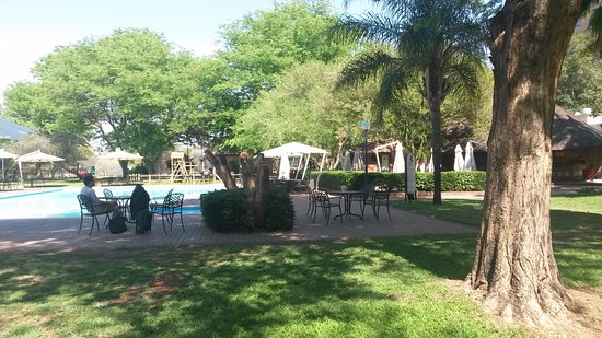 Peermont Walmont at The Grand Palm: Pool/Bar area