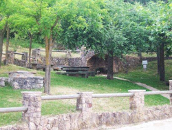 Vistabella del Maestrazgo, Spanje: Font de l'Alforí, situada frente al Rostidor l'Alforí