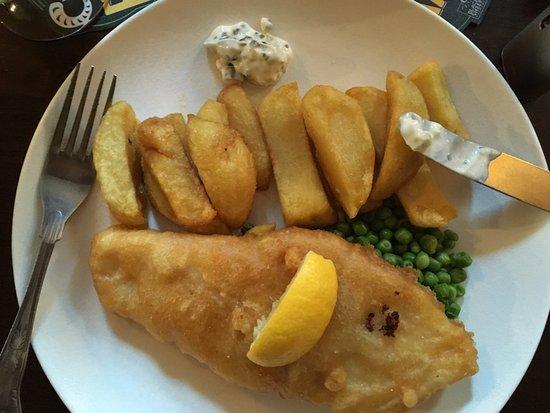 Ravenstonedale, UK: Fish and huge chips