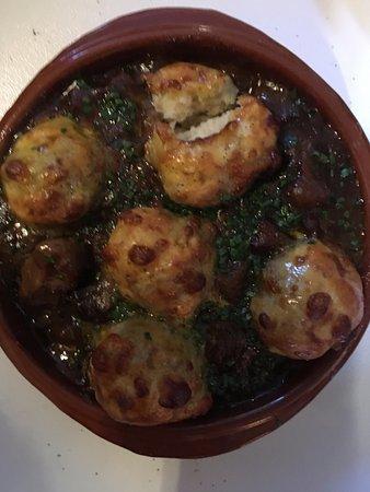Ravenstonedale, UK: Stew and dumplings