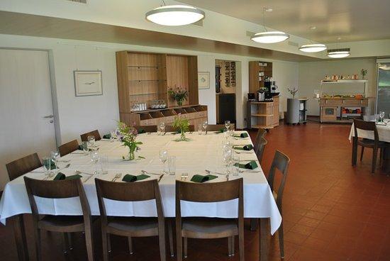 Sornetan, Schweiz: Our dining room for a special event