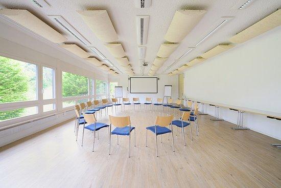 """Sornetan, Schweiz: """"Bellelay"""" meeting room"""