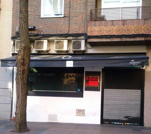 Photo of Restaurant New Chandani at Calle Jardines, 4, Getafe 28901, Spain