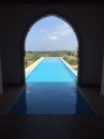 Villa Gonatouki: Couloir de nage