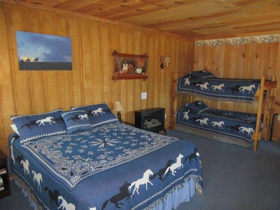 Winston, NM: Mimbres Cabin