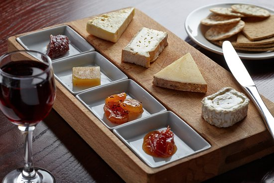 The Stag at Offchurch: Cheese board