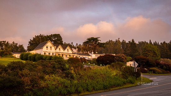 Little River, CA: The hotel at sunset.
