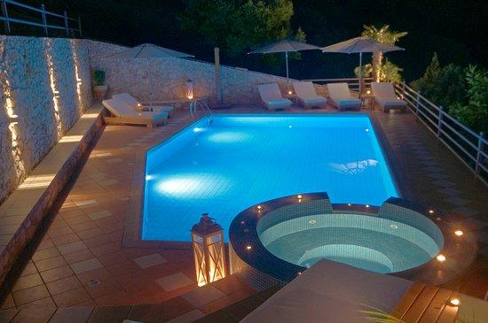 Balcony - Picture of Blue Horizon Suites, Paralio Astros - Tripadvisor