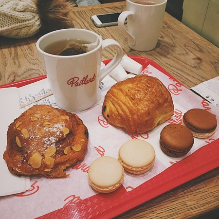 Paillard: Pastries and macarons.