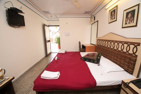 Hotel Kalyan Picture