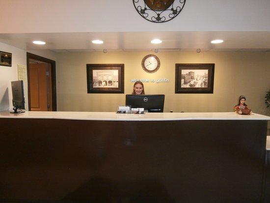 Griffin, GA: Front Desk