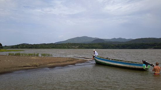 Granada, Nicaragua: Isla El Muerto (Island of the Dead) Mysteriously Wonderful
