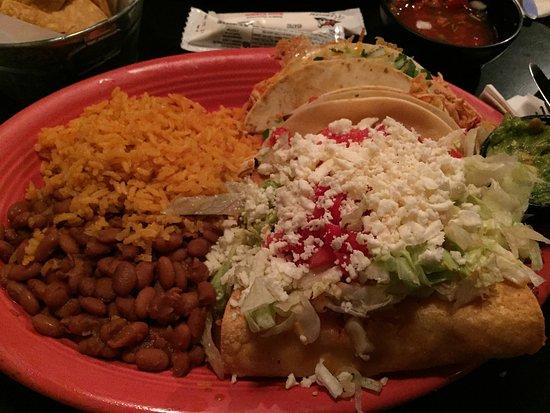 La Casita Mexican Restaurant Mexikan Platter
