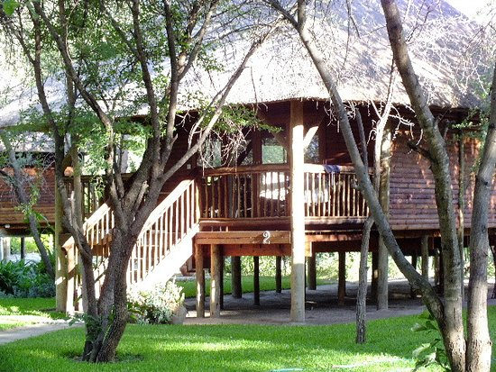 Shakawe, Botswana: Our Christmas Cabin.