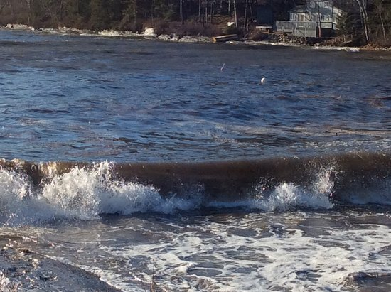Georgetown, ME: incoming waves on the bay