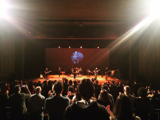 Teatro Municipal Jose de Castro Mendes: Show da banda Pink Floyd Brasil