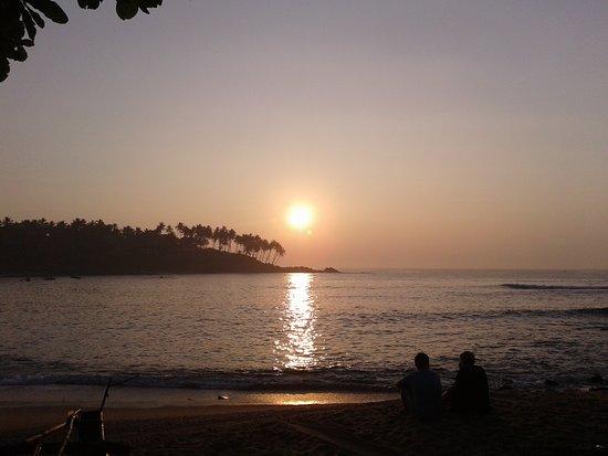 Tangalle, Sri Lanka: Unakuruwa Thilak Surf Shool