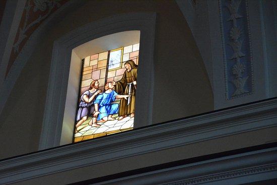Filadelfia, Italy: vetrata 6