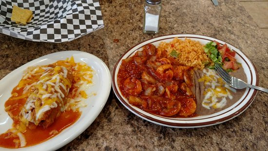 Horseshoe Bend, ID: Camarones a la Diabla and tamale. Very good!