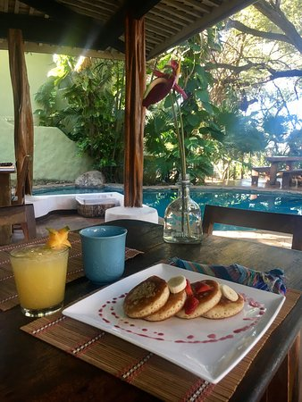 Sueno del Mar Beachfront Bed & Breakfast: Colazione top