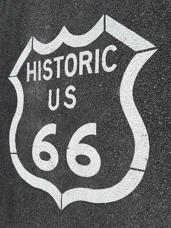 Kingman, AZ: Route 66 Pavement Markers