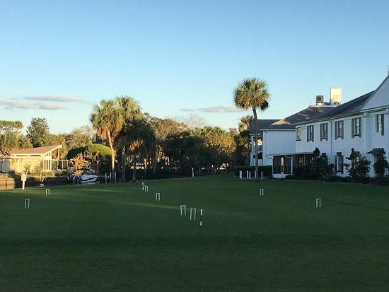 Plantation on Crystal River: Croquet lawn