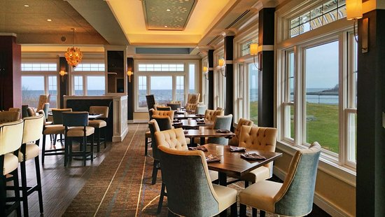 York Harbor, ME: Oceanfront upbeat coastal cuisine ~ Shearwater at Stage Neck Inn