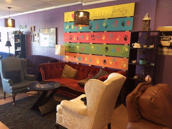 Richardson, TX: Funky & Fun Decor
