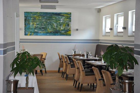 Pfaffenhofen an der Ilm, Alemania: Blick in den hinteren Teil des Restaurants