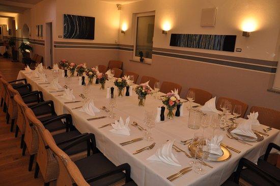 Pfaffenhofen an der Ilm, Alemania: Speziell zur Standesamtlichen Hochzeit gedeckt