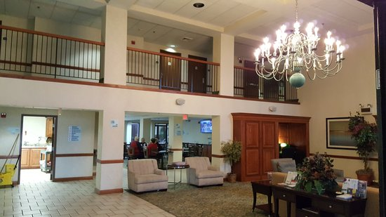 Harrison, AR: Great stay! No complaints!   Would definitely stay here again.