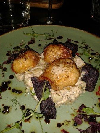 Berkel en Rodenrijs, Nederländerna: Coquilles met aardappel/truffel salade
